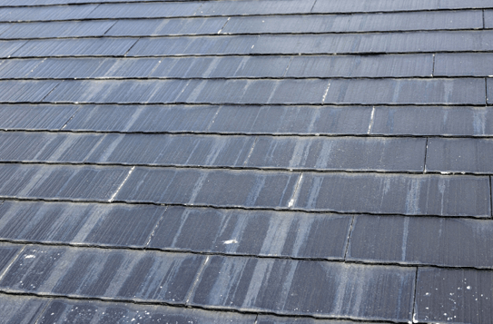 屋根材の劣化が激しい場合